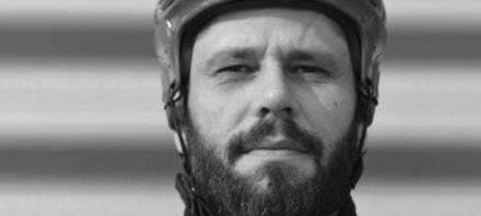 Hokejbalista Peter Gulík (†40) zemřel přímo na hřišti.