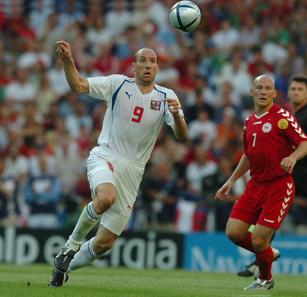 Thomas Gravesen si zahrál i na EURU 2004, v utkání s Čechy bránil Jana Kollera
