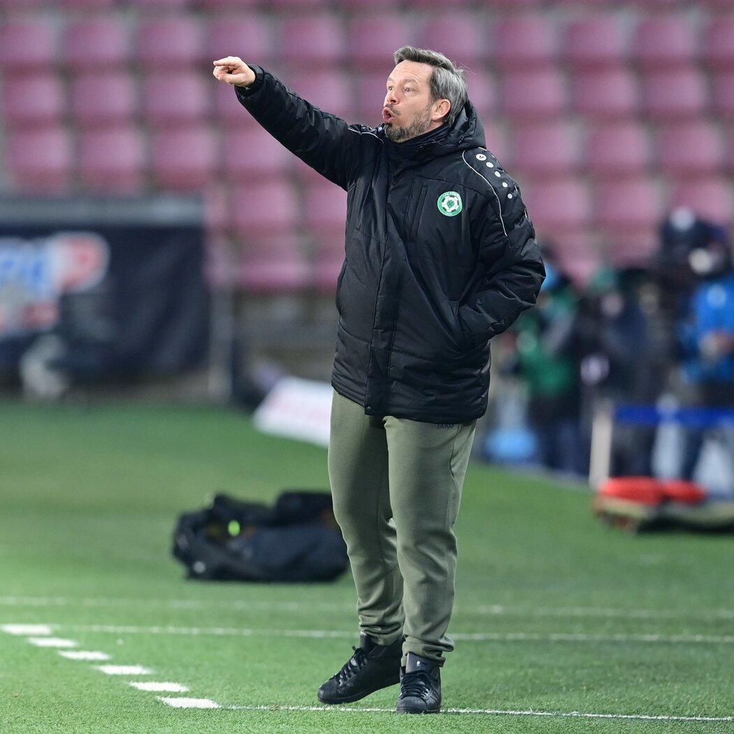 32 zápasů, 19 proher, poslední místo. A Horváth končí, Příbram hledá  náhradu | iSport.cz