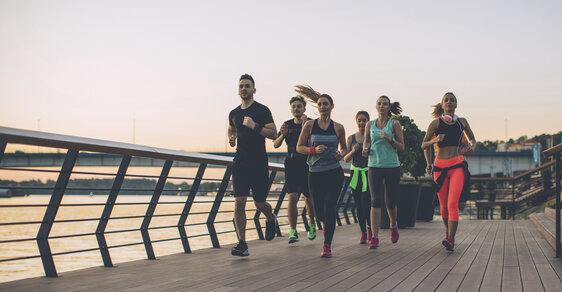 Běhání bez kondice: Jak začít, aby to nebolelo a rychle jste se zlepšovali