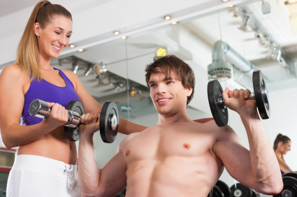 Směje se vám ta vaše, že máte svaly jako bláto? Pořiďte si činky a bude z vás železný muž!