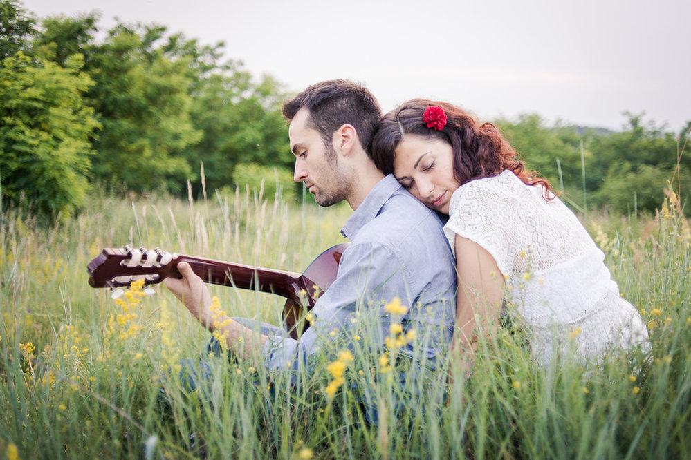 Láska romantika kytara
