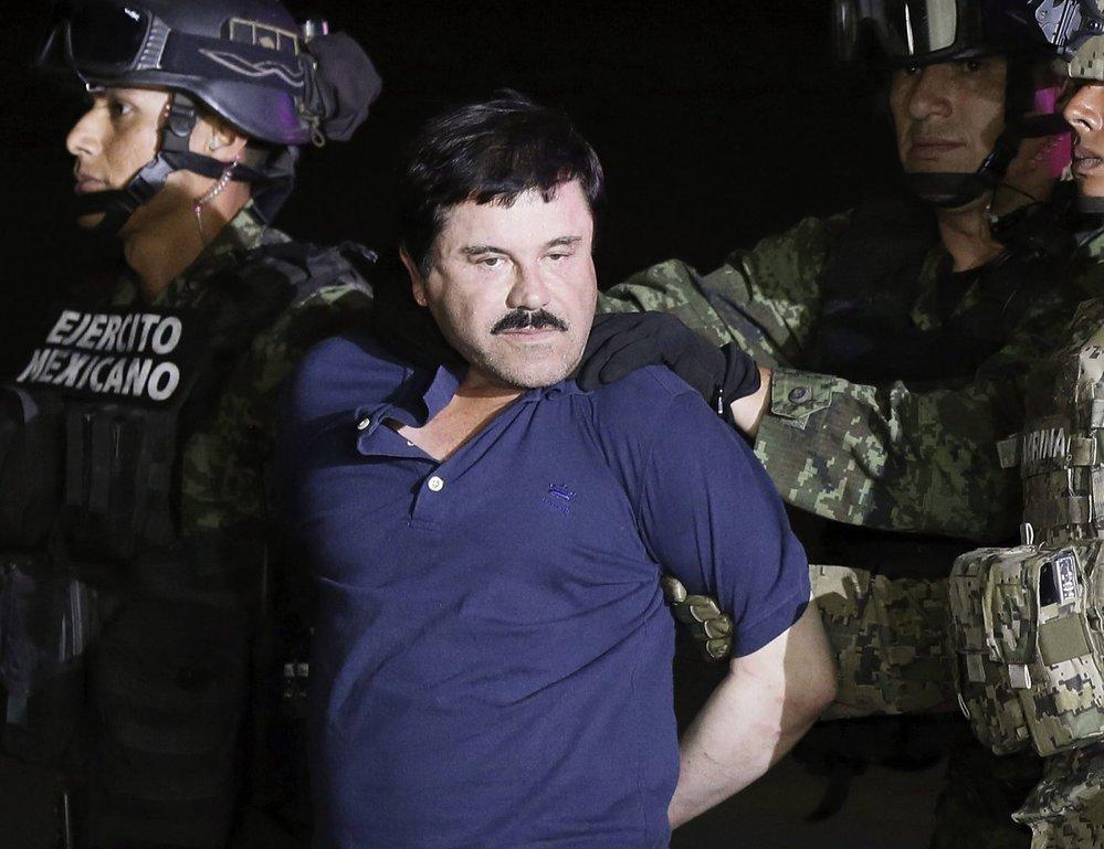 Joaquín Guzmán je mafián přezdívaný prcek.