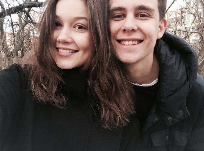 Vincent navrátil se svou přítelkyní Sabinou.