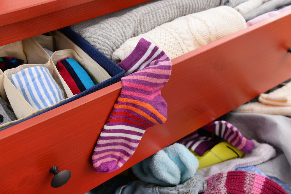 Víte kolik máte oblečení ve skříni?