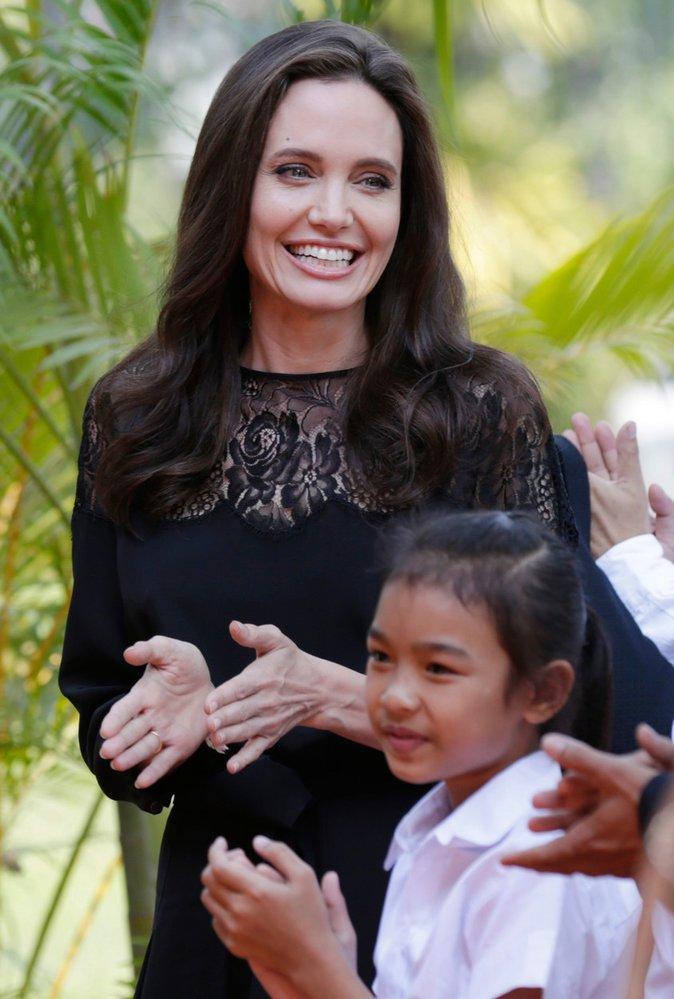 Angelina Jolie představila v Kambodži nový film