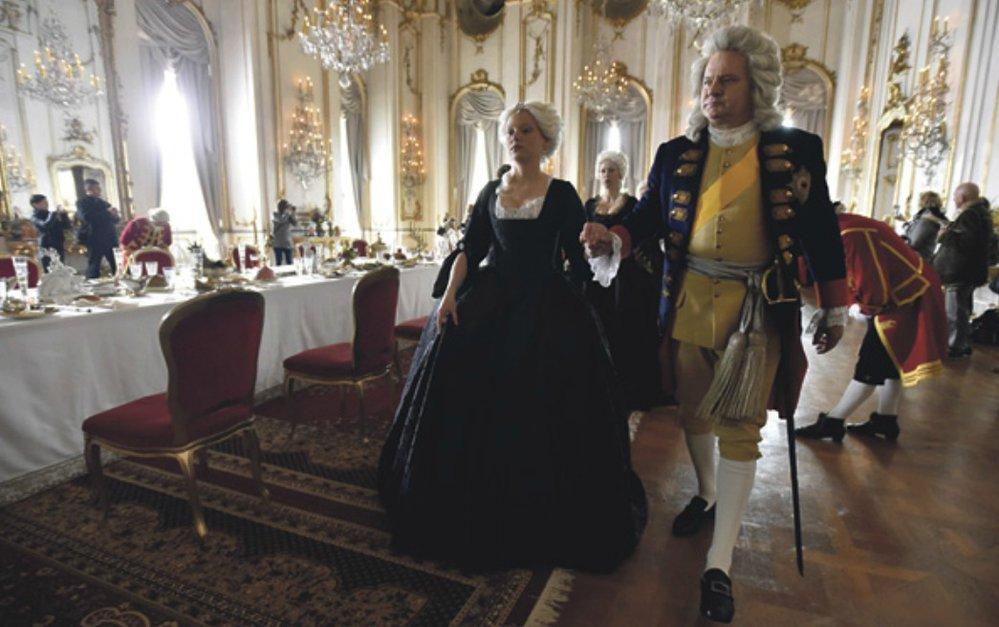 Filmová Marie Terezie se svým otcem Karlem VI.