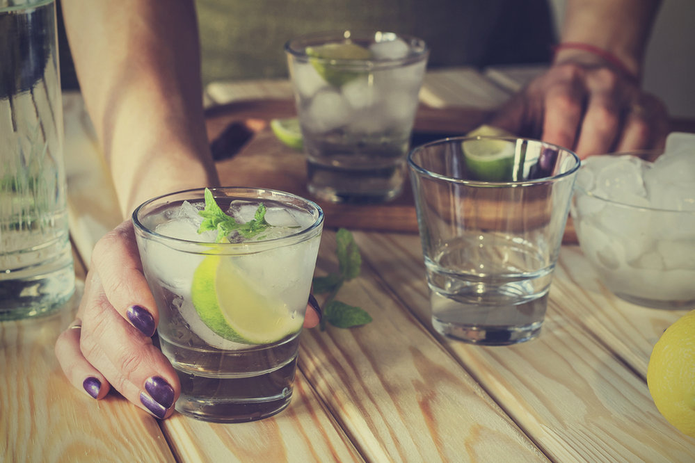 Po alkoholu se budete cítit více nafouklá