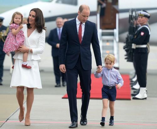 Královská rodina na návštěvě v Polsku