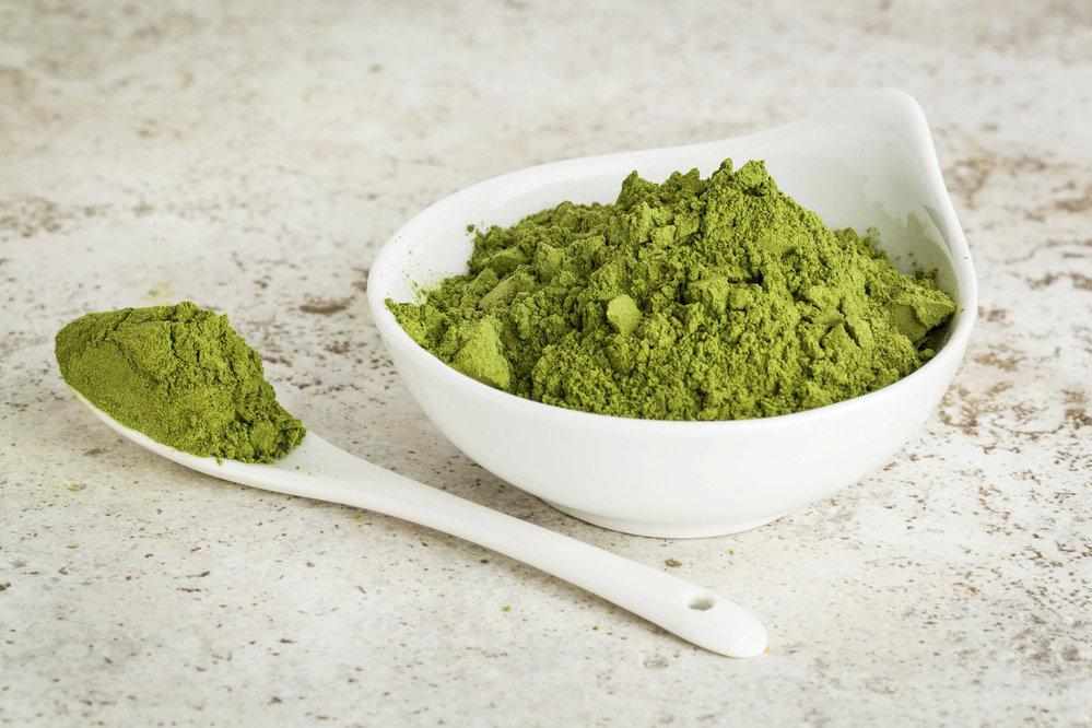 Moringa: Nápoj z prášku z moringy je nabitý bílkovinami, vitaminem C, železem a vápníkem. Je to super věc, která vám pomůže při hubnutí. Obsahuje totiž spoustu vlákniny