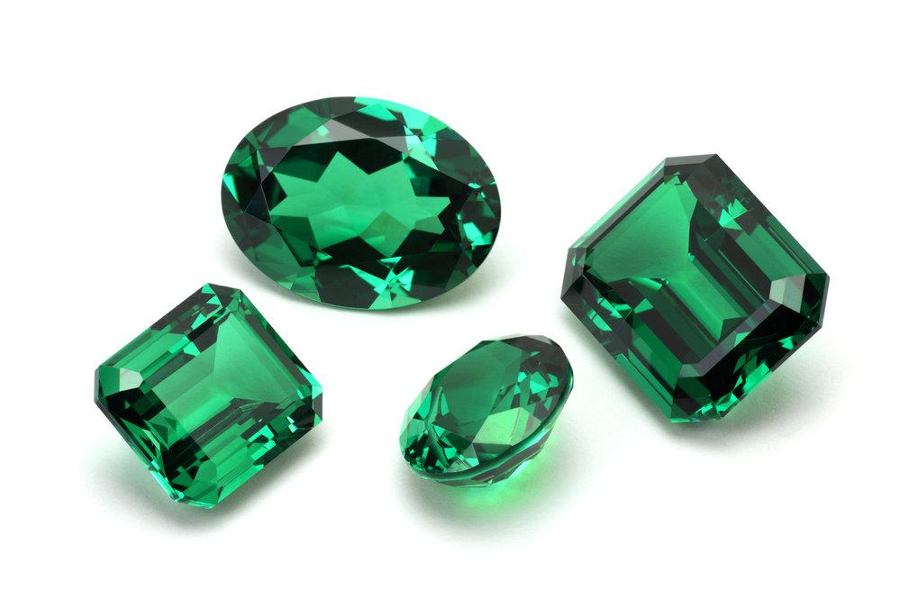 Smaragd je drahokam pravdy, přináší prosperitu a zvyšuje sexuální schopnosti