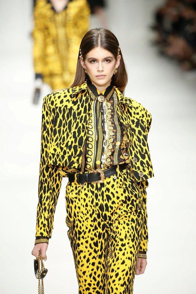 Kaia Gerber na přehlídce Versace