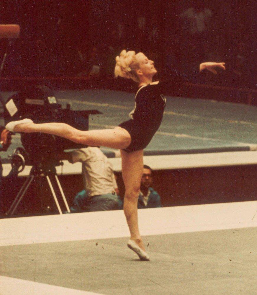 Nejvíc milovala prostné, kde mohla zúročit svoje zkušenosti s akrobacií. Pohyb byl její život