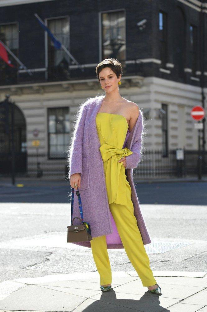 Street style z londýnského fashion weeku