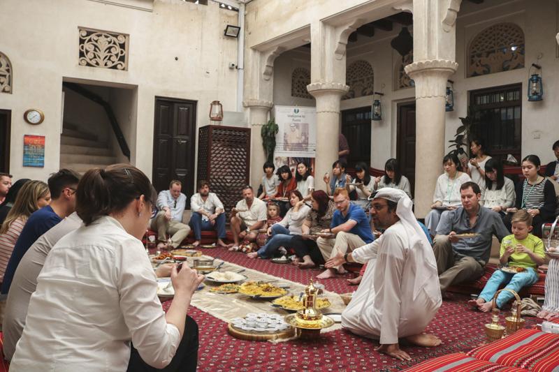Centrum šejka Mohameda pro kulturní porozumění vám nabídne vhled do místní kultury i tradic