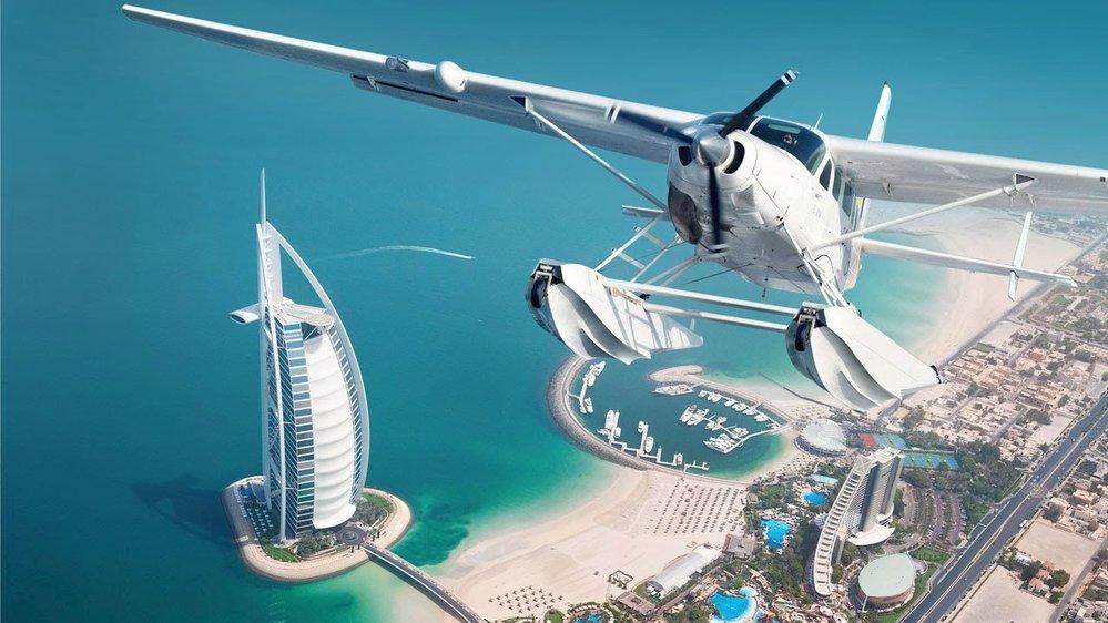 Let hydroplánem nad Dubají je zážitek na celý život