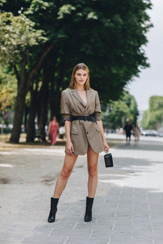 Street style během haute couture fashion weeku v Paříži