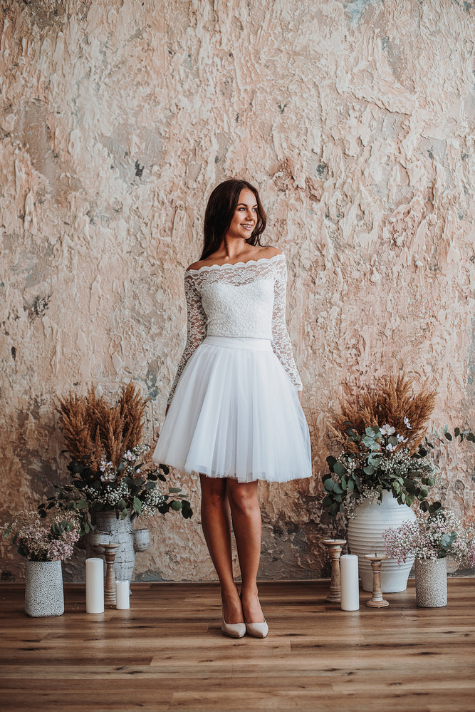 Svatební šaty z kolekce Odvaha. Lenka Izsák