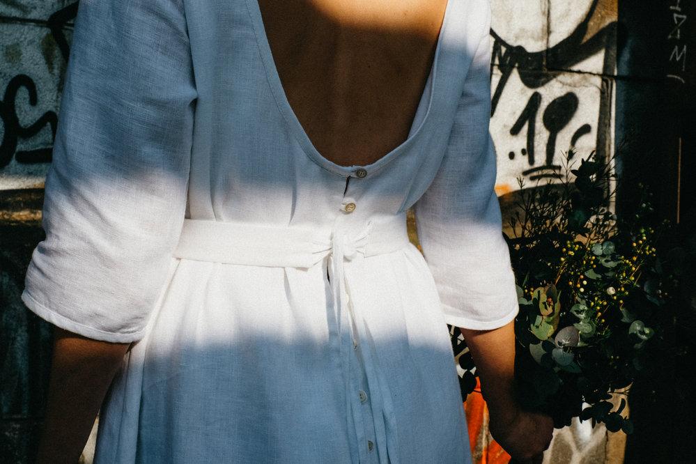 K.BANA svatební lněné šaty