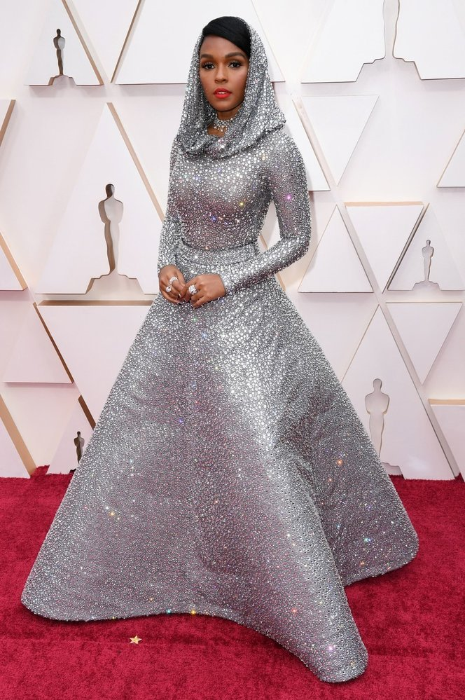 Janelle Monáe na Oscarech v šatech Ralph Lauren