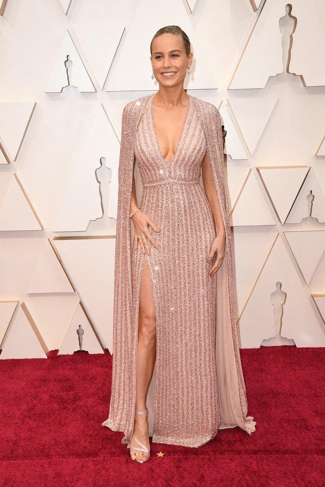 Brie Larson na Oscarech v šatech Celine