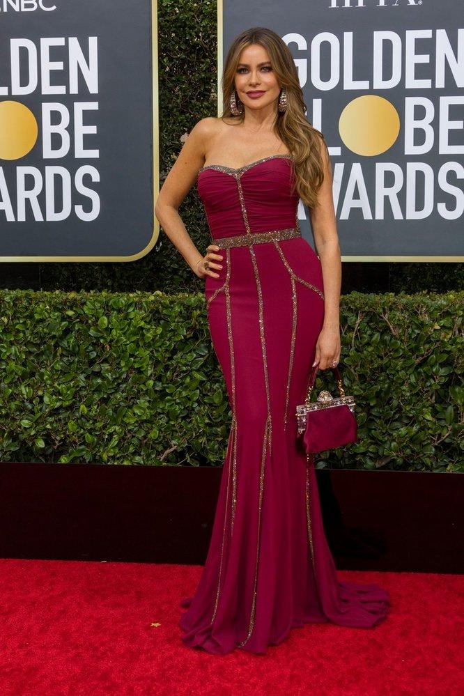 Sofía Vergara na Zlatých glóbech v šatech Dolce & Gabbana