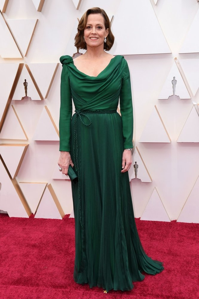 Sigourney Weaver na Oscarech v šatech Dior Haute Couture