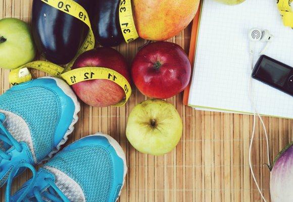 Které potraviny zlepší výkon nebo pomohou, aby tělo nebolelo