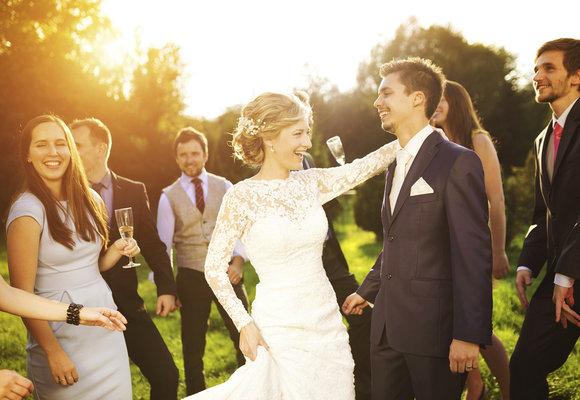 Svatební hry: Tombola, otázky a další zábava, kterou můžete zpestřit svatební den