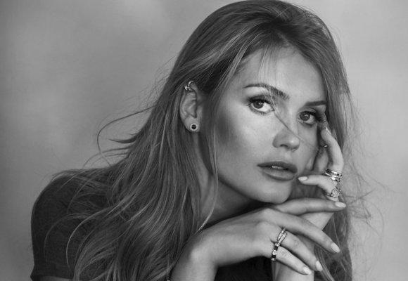 Neteř princezny Diany se stala tváří výrobce luxusních šperků