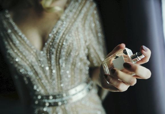 10 nejikoničtějších parfémů všech dob: Znáte je?