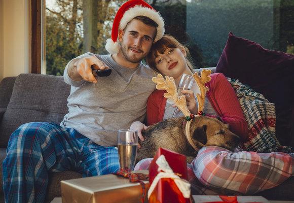 24 nejlepších (nejenom měkkých) dárků pro filmové a seriálové maniaky!