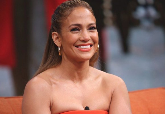 J.Lo slaví 50! Kterým slavným ženám je letos stejně a vůbec na to nevypadají?