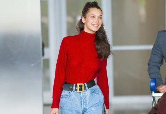 10 nejhezčích červených svetrů, které jsme našli v e-shopech