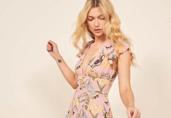 40 nejkrásnějších šatů z nových kolekcí na kamarádčinu svatbu 74a27abd10