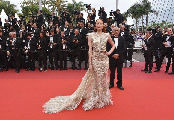 Nejkrásnější šaty z Cannes: Kdo okouzlil elegancí a kdo vypadal lacině?