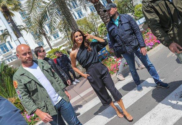 Street style v Cannes: 10 nejlepších outfitů celebrit mimo červený koberec