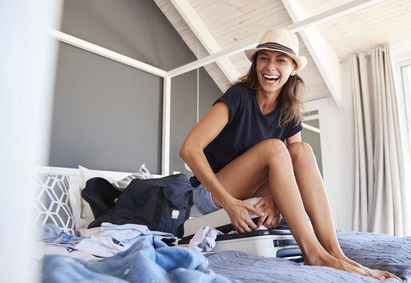 Kosmetika na cesty, která vám ještě více zpříjemní letní dovolenou!
