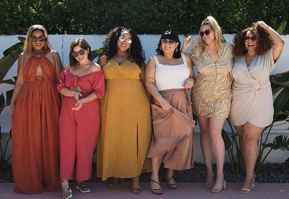 Letní šaty & sukně v podání plus size blogerek. Inspirujte se!