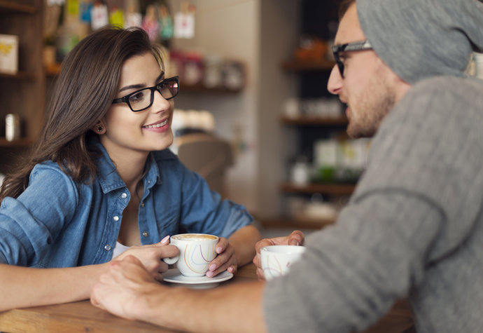 Co ženy předstírají na začátku vztahu?