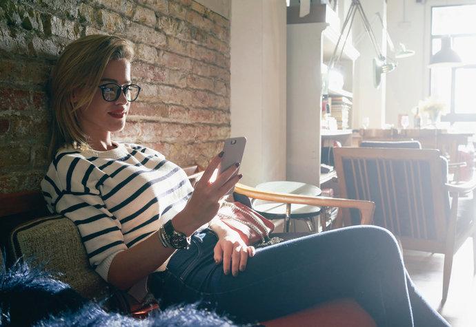 Bez chytrého telefonu v ruce. Zvládnete digitální detox?