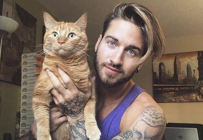 Sympaťák Travis pomáhá zachránit opuštěná zvířata