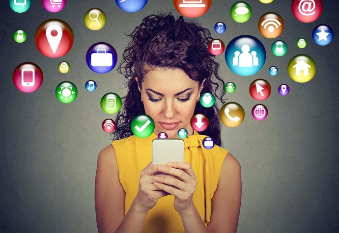 Sexy sms: Jak na to, aby vydráždily přítele k nepříčetnosti?