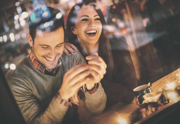 Trend moderní doby: mingles. Nejste jedním z nich?