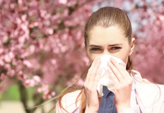 Rýma – léčená trvá 7 dní, neléčená týden