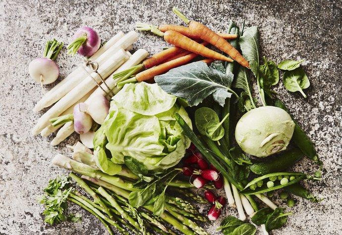 Jarní zelenina je krásně křupavá a plná chutí