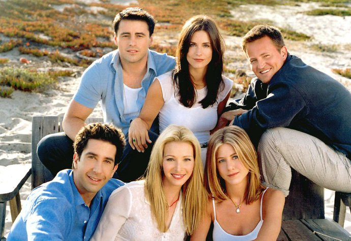 Co by dnes dělaly postavy oblíbeného seriálu Přátelé?