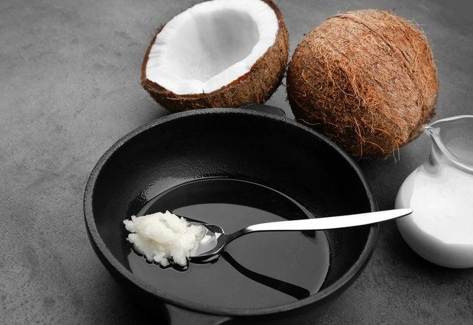 Pravda o kokosovém oleji: Může zvyšovat cholesterol a je horší jak sádlo!