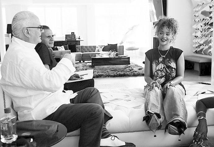 Rihanna unikli sex videa