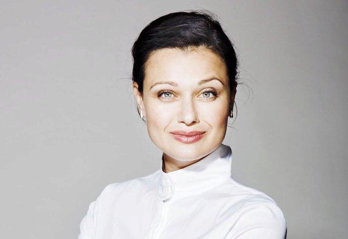 Módní designérka Zdeňka Imreczeová  V oblečení se musíte cítit dobře ... 4705c3710e